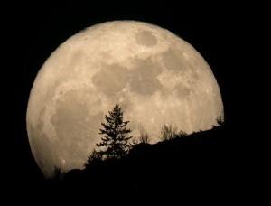 super-luna-1