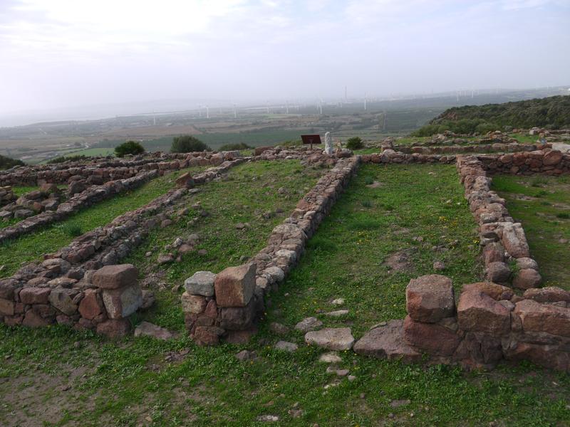 Resti dell'abitato dell'Acropoli
