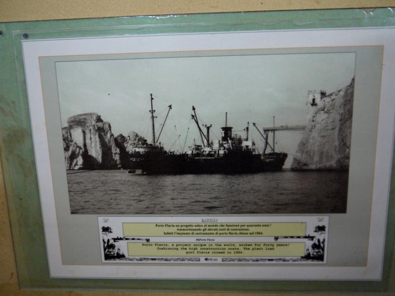 porto_flavia-navi